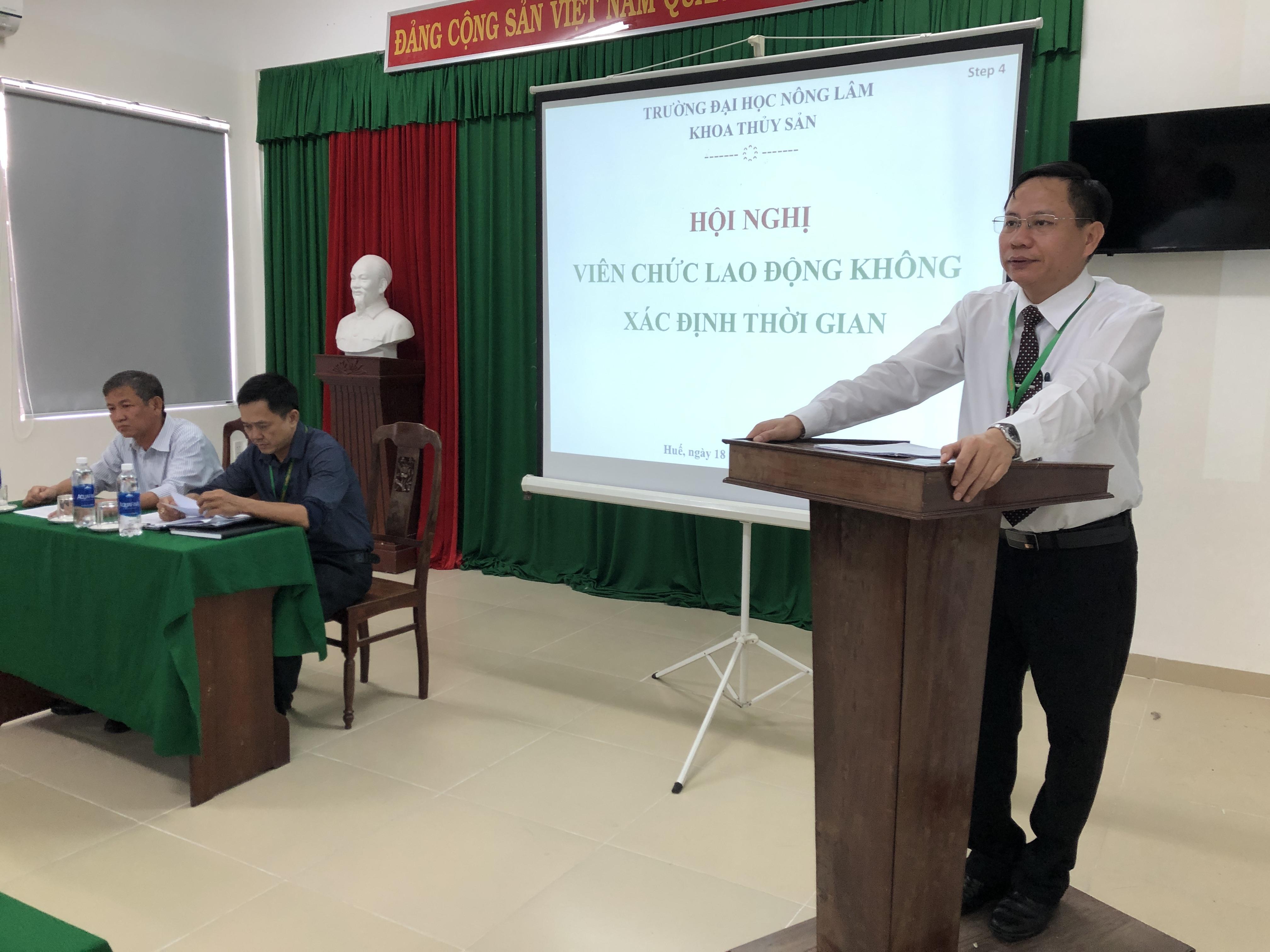 PGS.TS. Trần Thanh Đức, Hiệu trưởng nhà trường, phát biểu ý kiến chỉ đạo